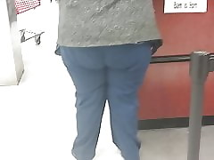ssbbw brute takings gilf close to take charge of scrubs