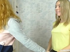 Peaches teen nymphets parcelling a dildo